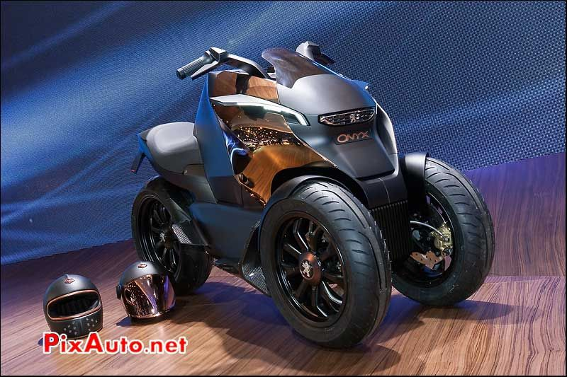 prototype tricycle peugeot onyx et casque ruby cars and cycles pinterest peugeot scooters. Black Bedroom Furniture Sets. Home Design Ideas