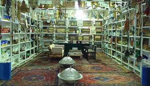 دليل لايفوتك متحف عشيرة سدير للتراث يقع هذا المتحف بحى لبن بمحافظة الرياض يتملكه عبدالله حمد المسلم يتكون من 3 قاعات وخيمة تراثية Home Home Decor Decor