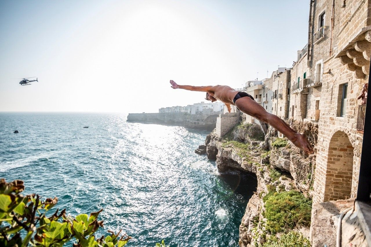 Dubai s world of sport the best sporting events - Highest cliff dive ...