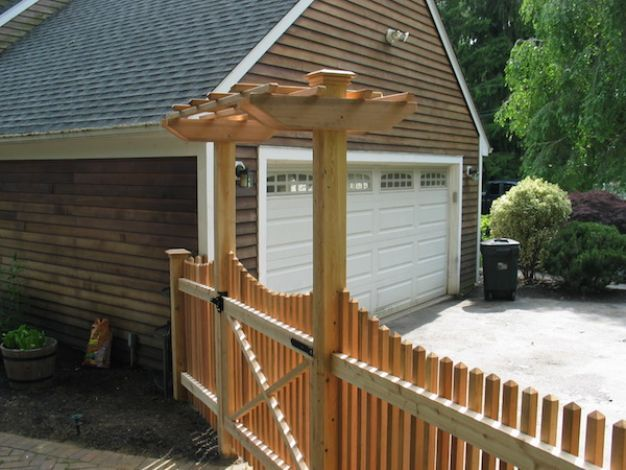 We are a full service CT fence company and a Fairfield County