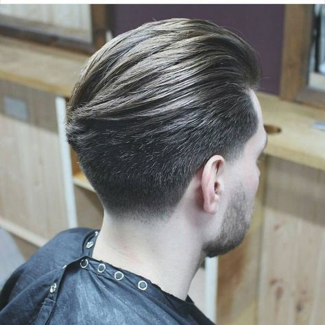 Taper Vs Fade Vs Taper Fade Haircuts Learn The Difference Mens Hairstyles Fade Haircut Haircuts For Men
