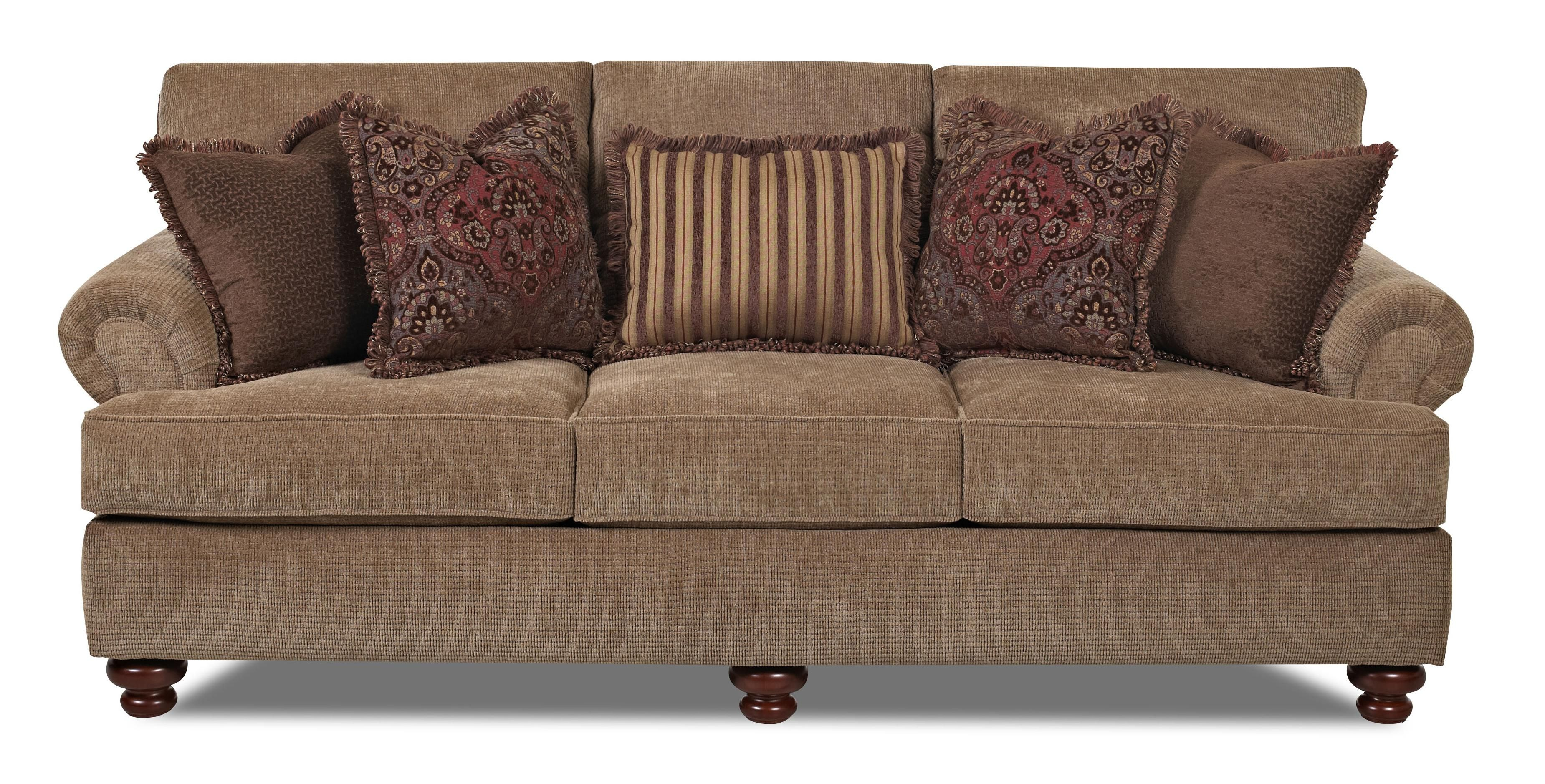 Greenvale Traditional Stationary Sofa with Rolled Arms and Bun