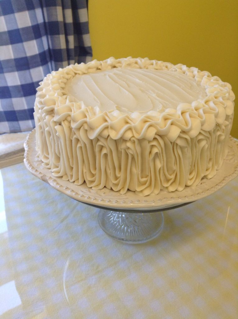 Textured Icing On A Nine Inch Cake