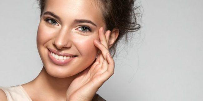 Body And Mind Aplikasi Makeup Sesuai Bentuk Wajah Oleh Nadya Paramitha Vemale Com Wajah Perawatan Rambut Bentuk Wajah