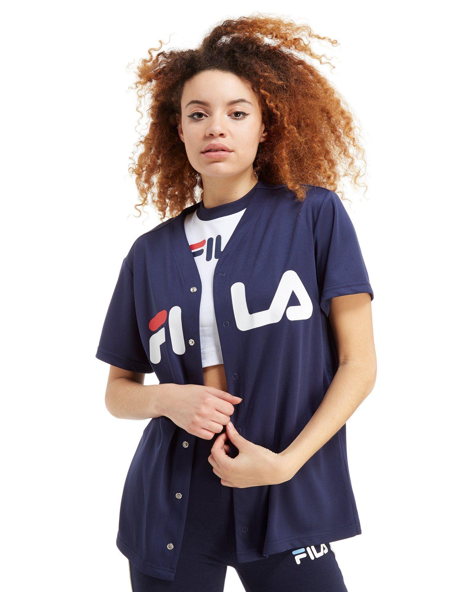 18dedc4fe9b Fila Mesh Baseball T-Shirt Femme – Achète en ligne Fila Mesh Baseball T- Shirt Femme avec JD Sports, le leader du Sport Fashion et Streetwear en  Angleterre.