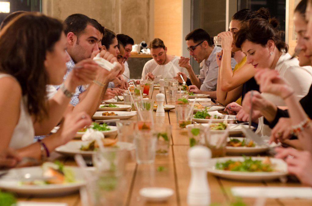 Aggiungi Un Posto A Tavola Con Vizeat Food Experience Pinterest