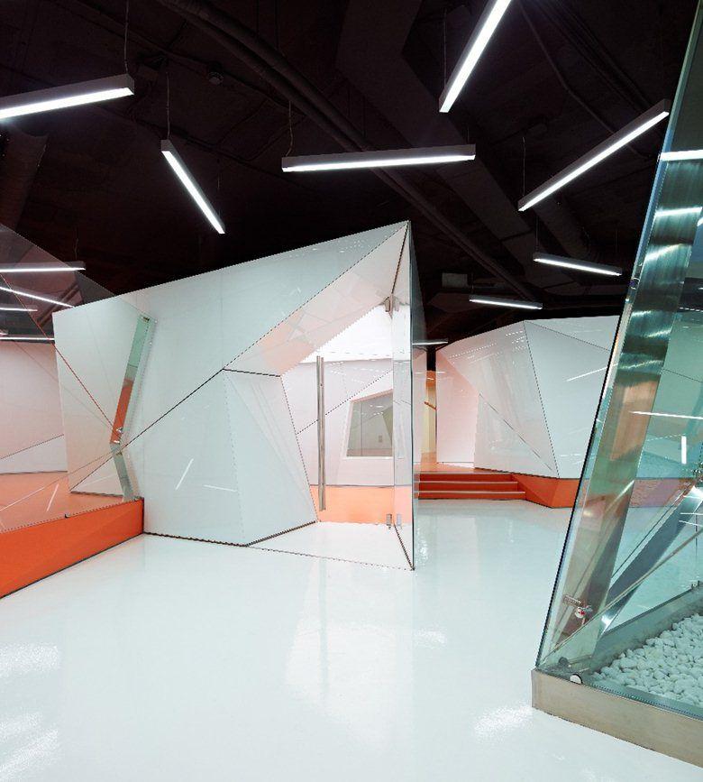DreamGlass High Tech Research Center, Barcelona, 2012 - Dream Glass Group
