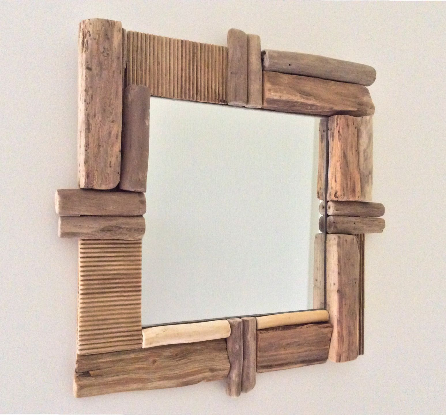 Miroir en bois flott par l 39 atelier de corinne for Decoration bois flotte aquarium