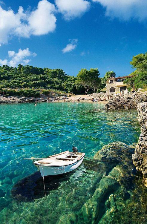 Eiland Korcula in Kroatië. Je hebt hier het rijk bijna alleen. Heerlijk!