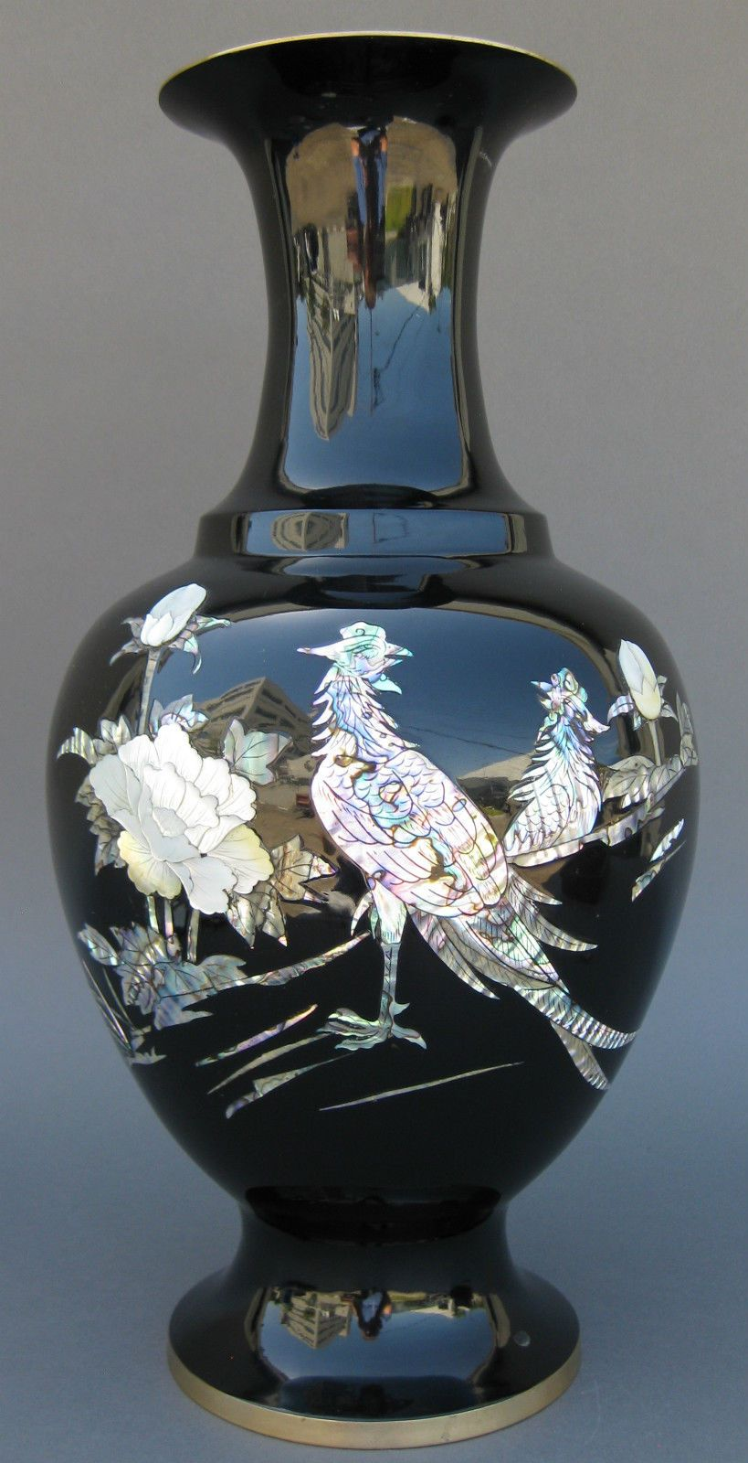 Fine old chinese phoenix birds korean large black lacquer abalone fine old chinese phoenix birds korean large black lacquer abalone inlaid vase reviewsmspy
