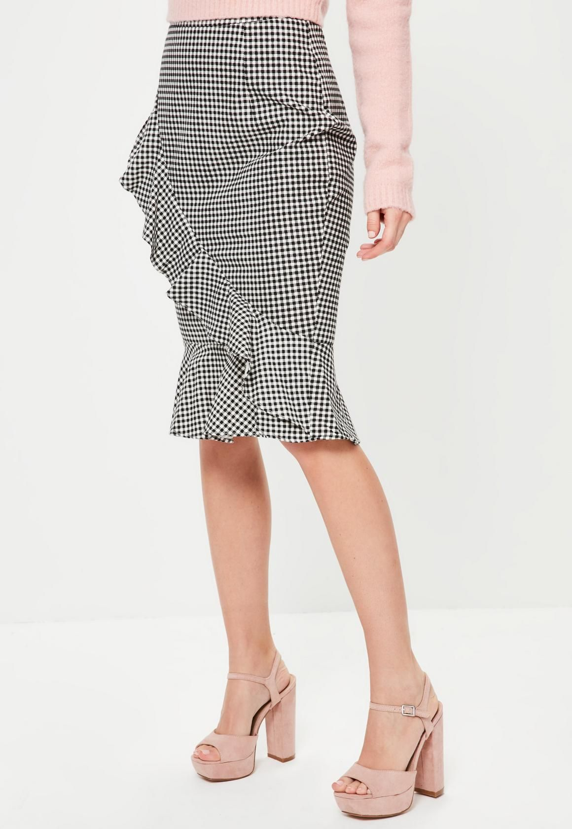 Missguided - Grey Gingham Ruffle Front Midi Skirt