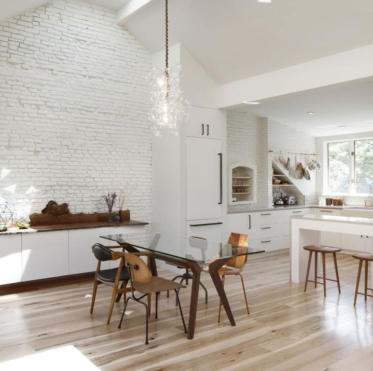 Kitchen Without Furniture: Design Of The White Kitchen Without Upper Cabinets