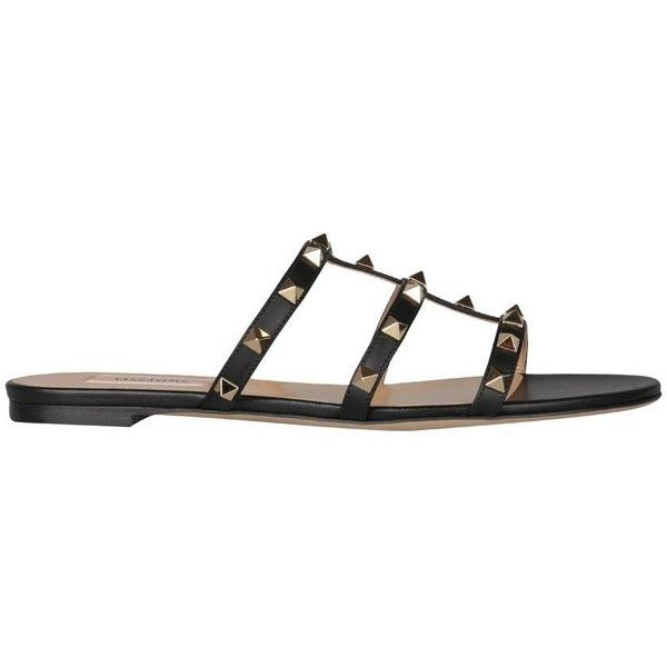 Valentino Garavani Rockstud leather sandals (1.865 BRL) ❤ liked on Polyvore featuring shoes, sandals, nero, valentino sandals, studded shoes, summer sandals, valentino shoes and leather shoes