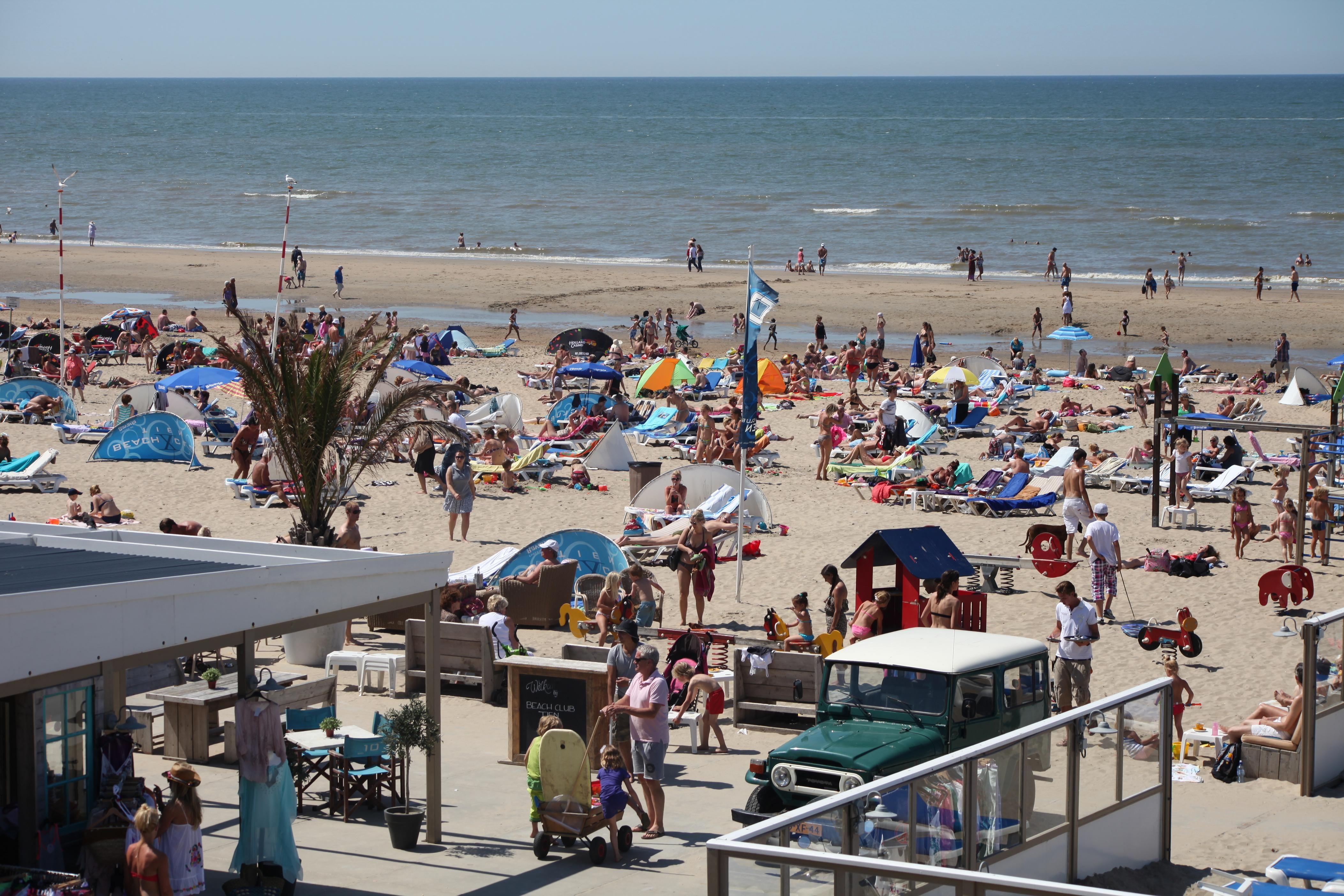 Stranden Nederland; de leukste en mooiste stranden met kinderen per provincie; Zandvoort- Mamaliefde.nl