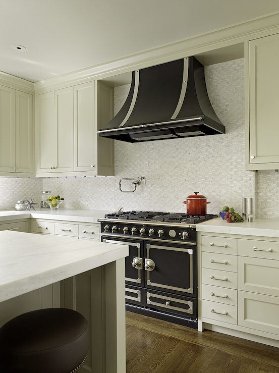 La Cornue Kitchen Designs Painting This Range Is Almost Too Pretty To Usela Cornue Cornufe  Matte .