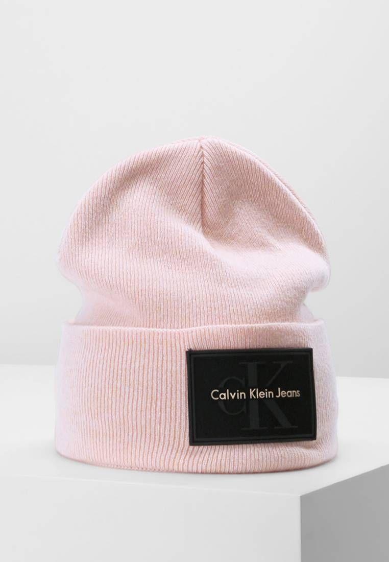 235e1829c4892 Calvin Klein. REISSUE BEANIE - Czapka - peachy keen. Materiał 45% wełna