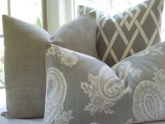 Pin By Ellen Guinan On Home Family Room Decorating Decorative