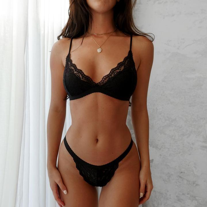 Bianca Set- Schwarz | Dessous-Sets | Lingerie Online - Liebe Loren - #Bianca #DessousSets #liebe #lingerie #Loren #online #Schwarz #Set