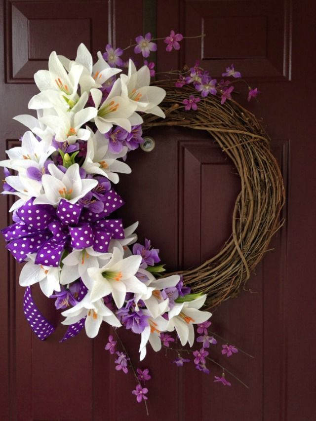 Photo of Herrlicher Ostern Lily Grapevine Wreath