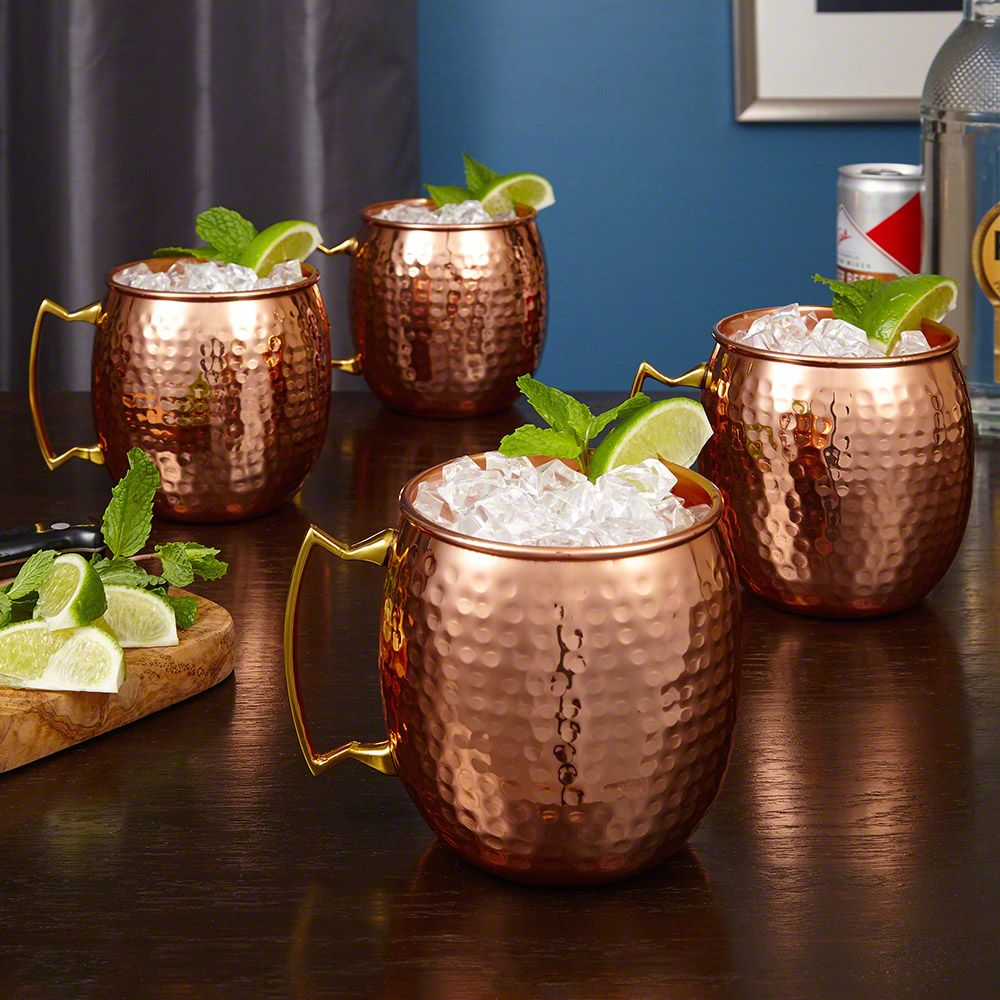Crafted to complement any home bar or kitchen, this unique set of large copper mugs are the perfect way to impress your guests.