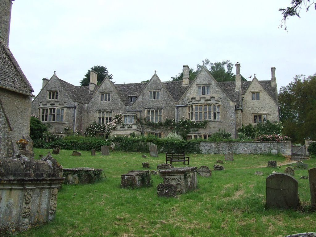 asthall manor - home of the mitfords