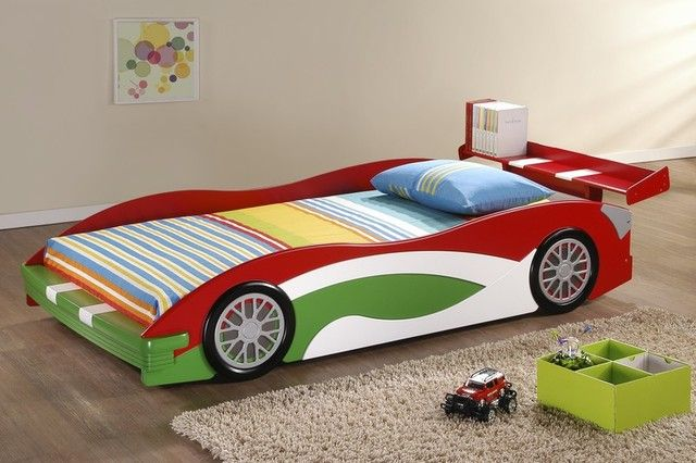 picture of adorable realistic race car bed design for toddlers