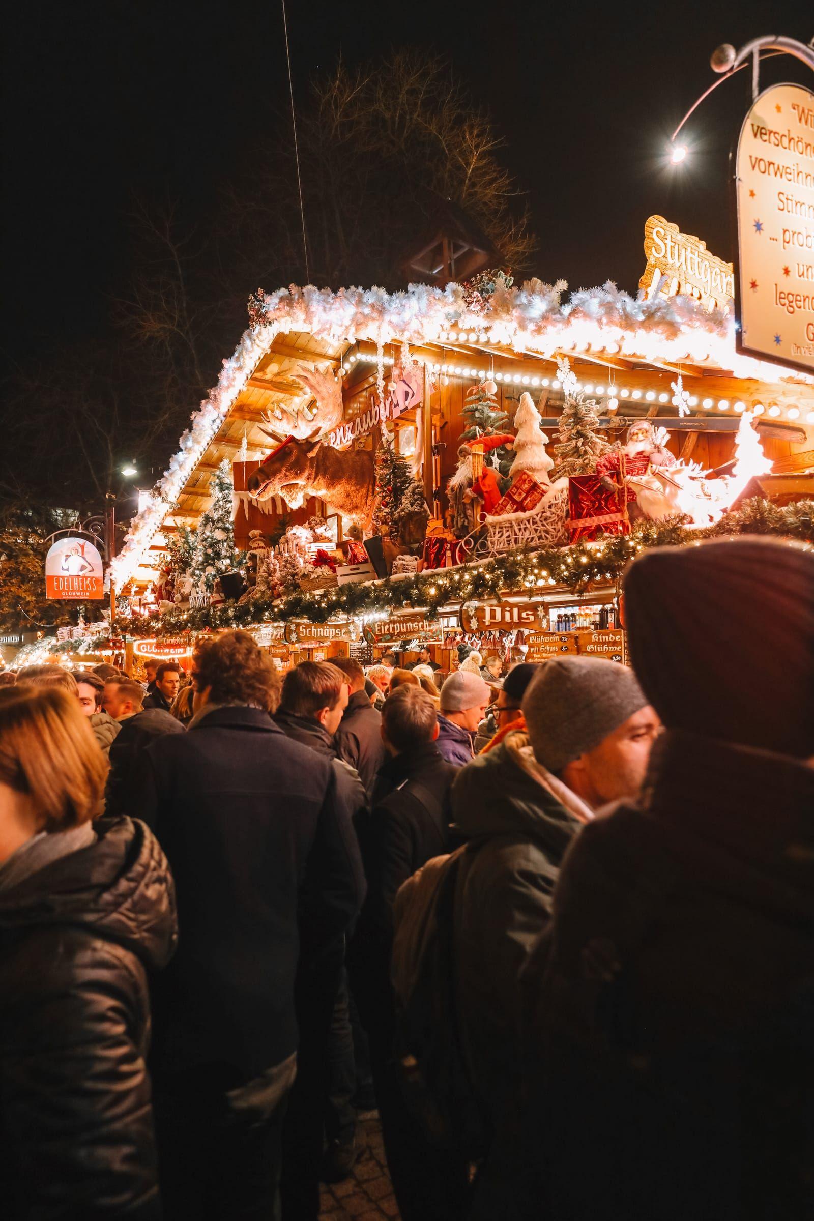 Stuttgart Christmas Market and The Mercedes Benz Museum #handluggage