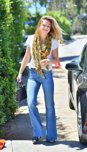 Melissa Benoist In Jeans Out In Brentwood Melissa Benoist Melissa Melissa Marie Benoist