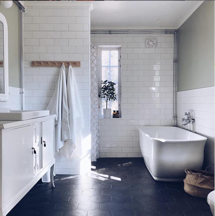 5 Gorgeous Scandinavian Bathroom Ideas: My Scandinavian Home: Step Inside An Idyllic Swedish