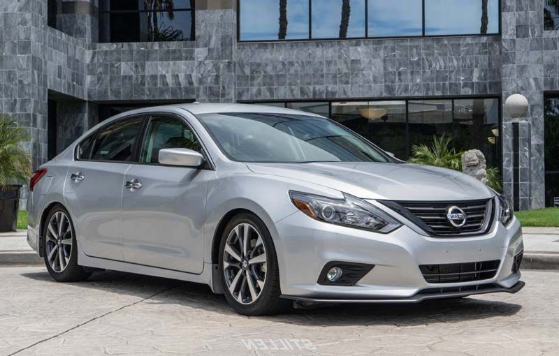 2018 Nissan Altima overview NISSAN ALTIMA