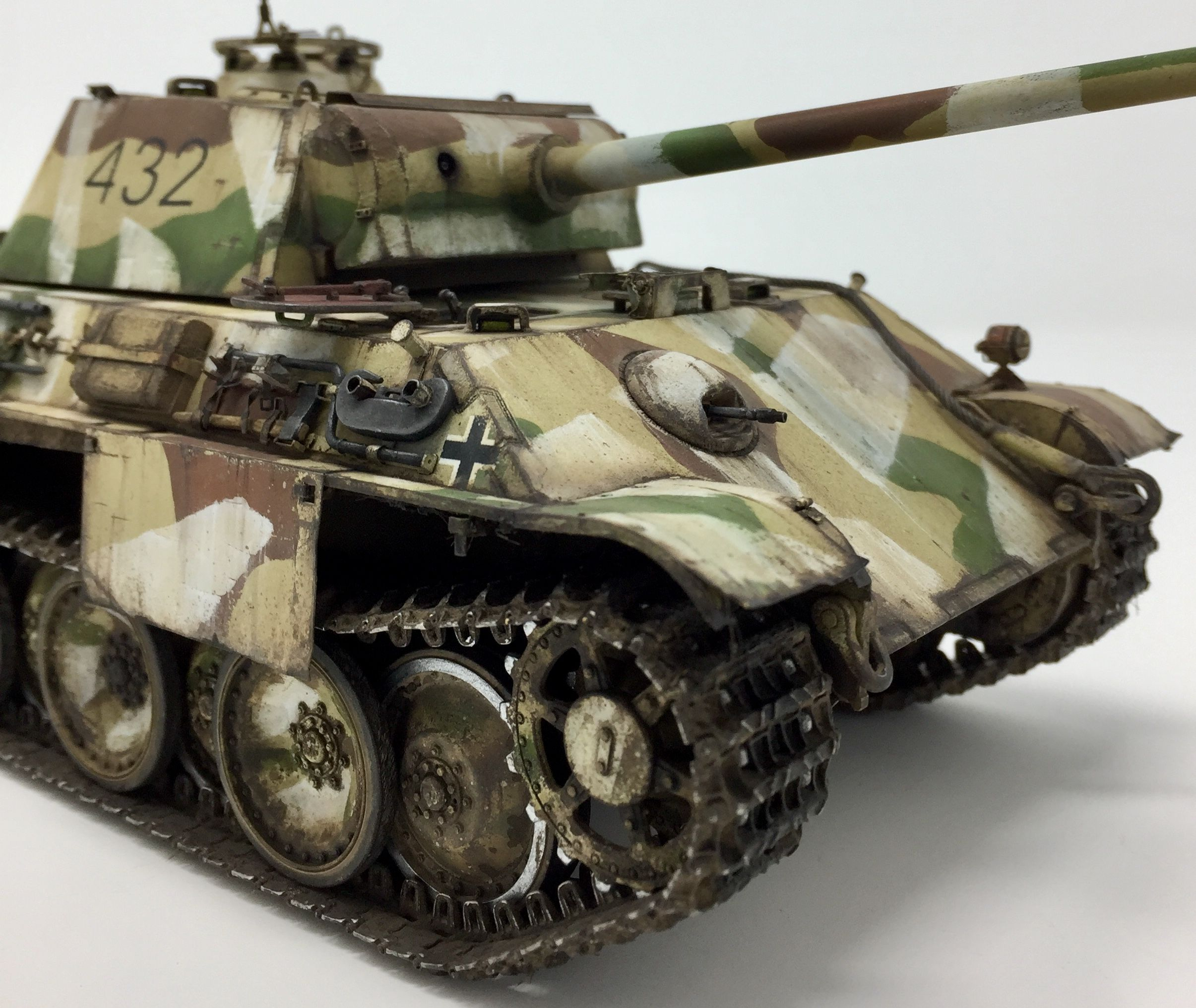 1/35 Scale  #panther Ausf G Late Production #1945 German