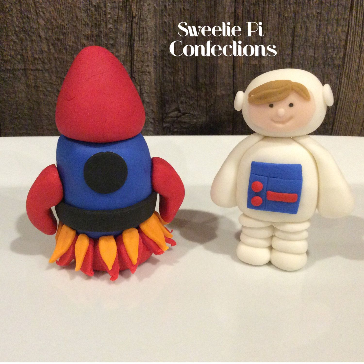 Astronaut And Spaceship Rocket Fondant Cake Toppers