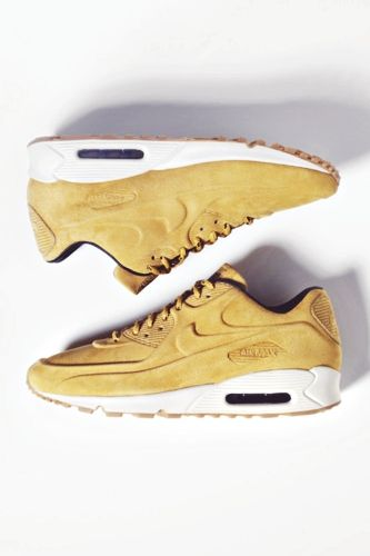 Nike Internationalist W shoes beige heather brown