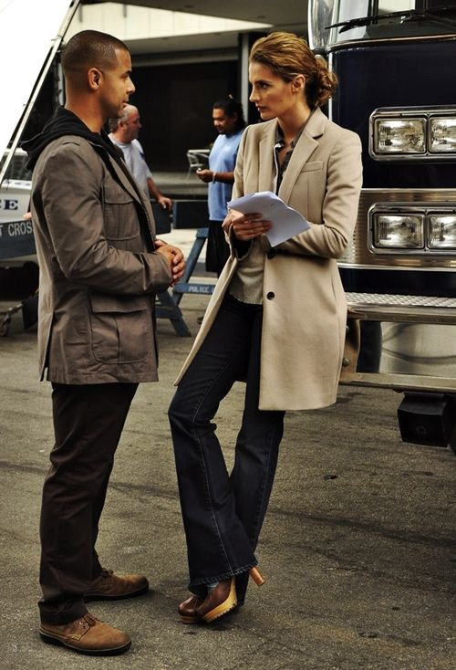 Jon Huertas and Stana Katic behind the scenes of Castle.