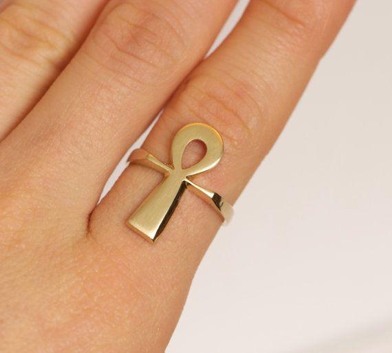 Vintage 14k Gold Egyptian Ankh Amulet Ring Size 6 Amulet Gold Ankh