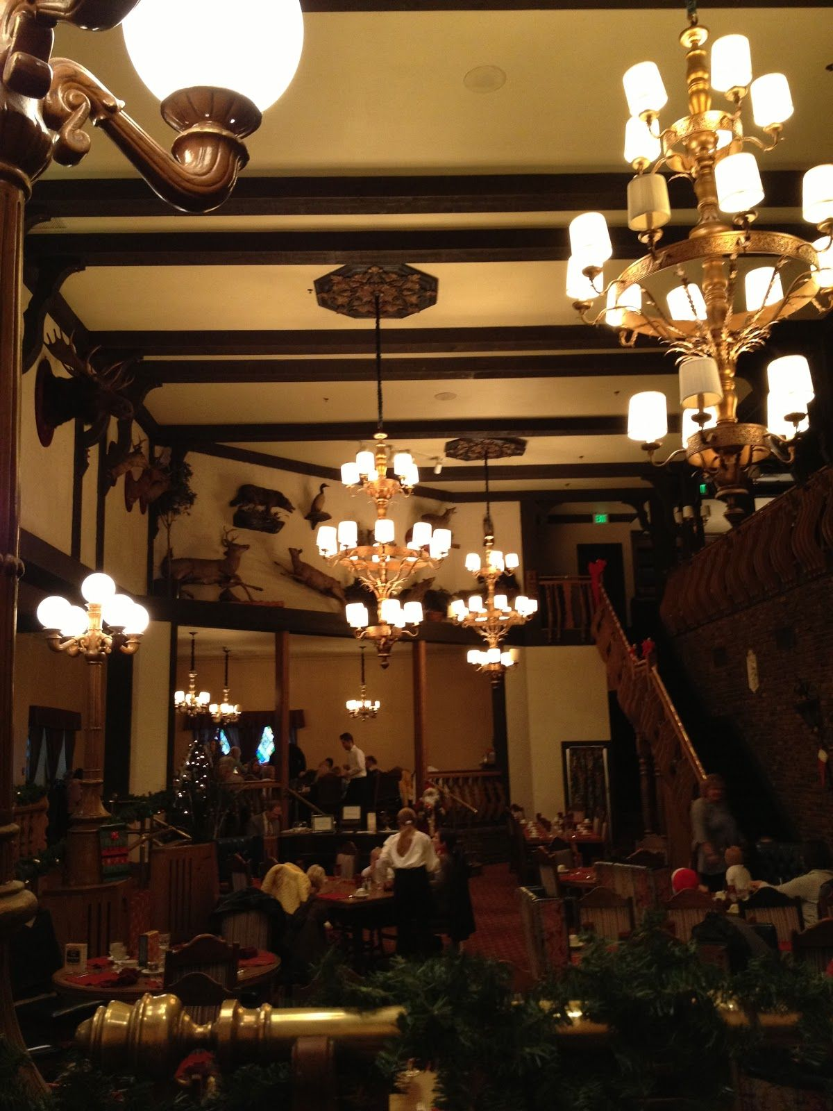 Bucket List Reviews Hotels The Lodge Hotel Bettendorf Iowa
