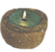 Candle Making        Learn to make your very own candles with these free candle making projects. Make novelty candles, aromatherapy candles or try your hand at making gel candles with step by step gel candle instructions.