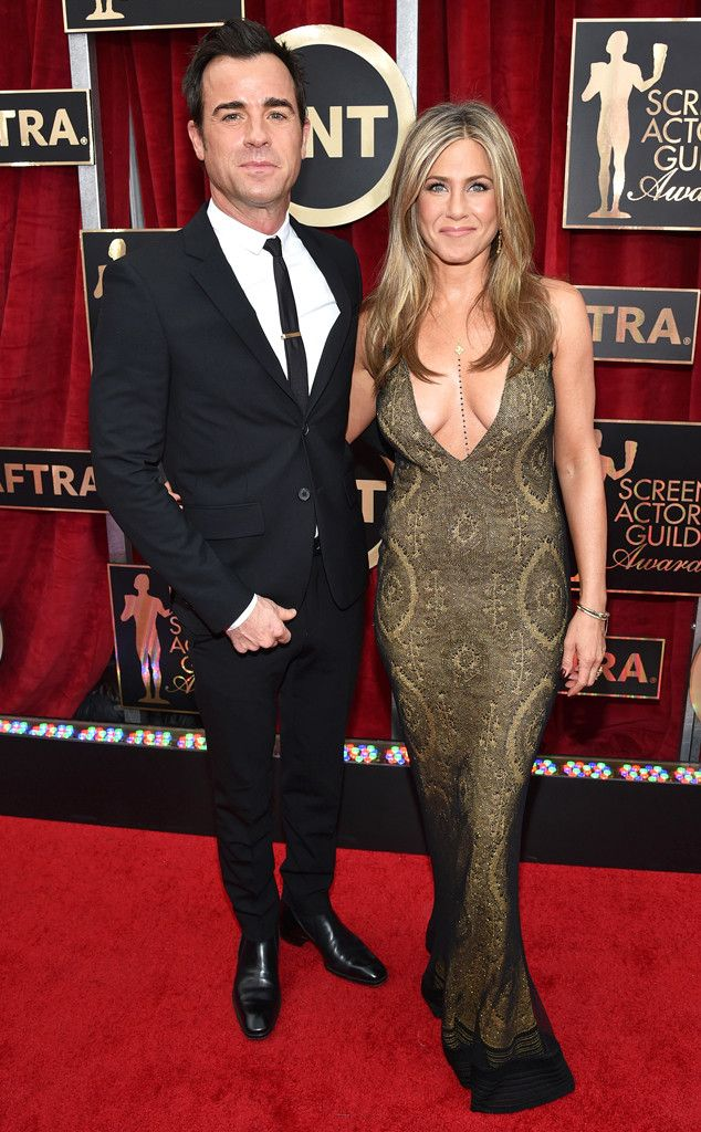 Justin Theroux and Jennifer Aniston look gorgeous together at the SAG Awards!