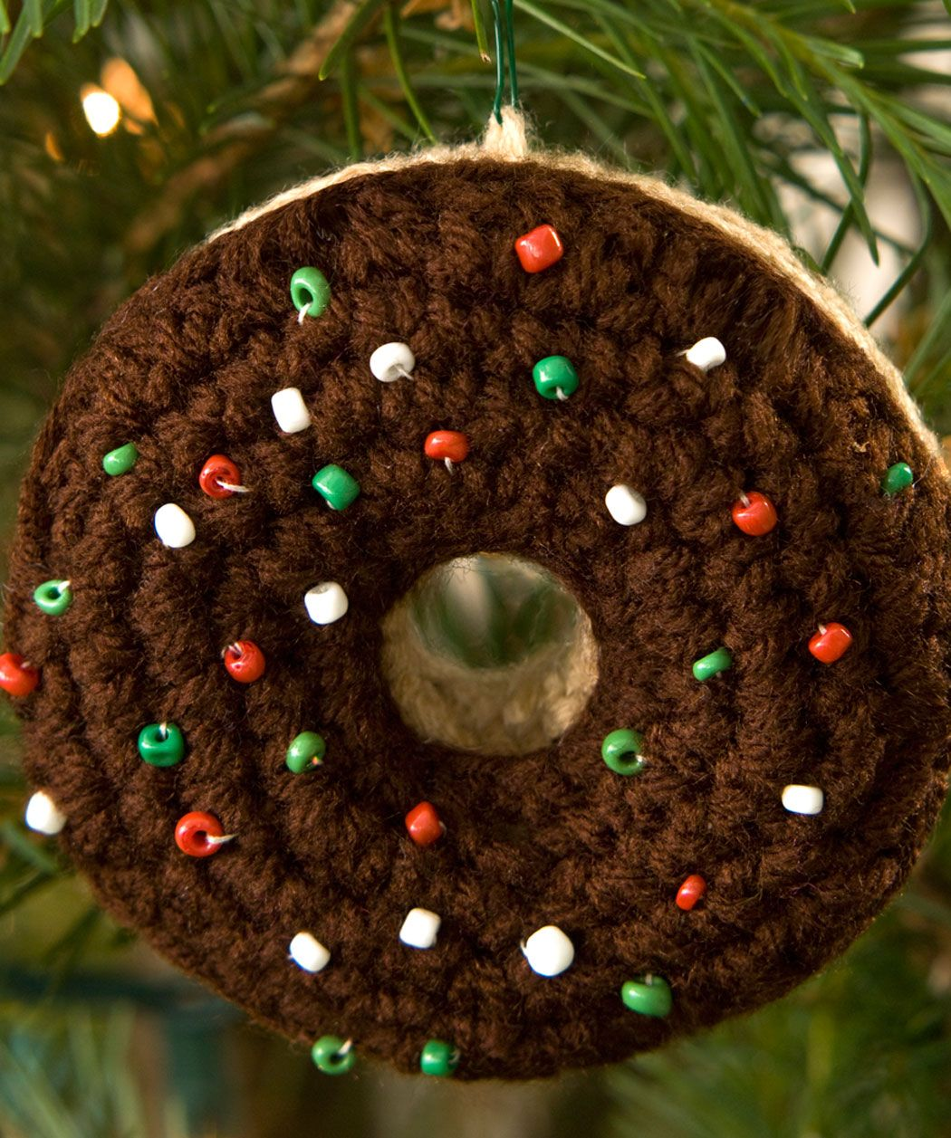 Doughnut Ornament Crochet Pattern by Red Heart yarns #Christmas ...