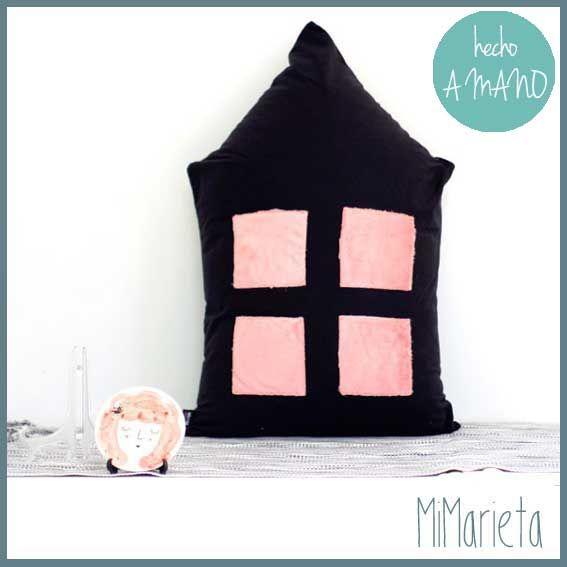 Pouf con cremallera desenfundable  http://www.mimarieta.com/producto/pouf-casa/