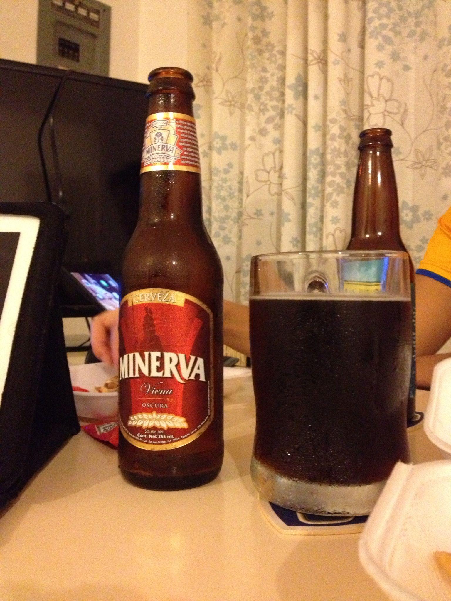 Minerva Vienna Dark Lager Brewed In Guadalajara Mx Cerveza