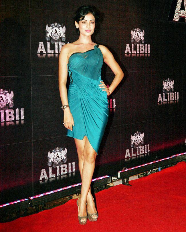 Sonal Chauhan at Sridevi's grand 50th birthday bash. #Bollywood #Style #Fashion
