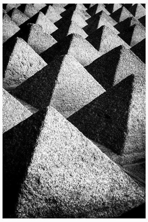ce177616f81 Blanco y negro fotografía abstracta Piramide Geométrico por Fotarte ...