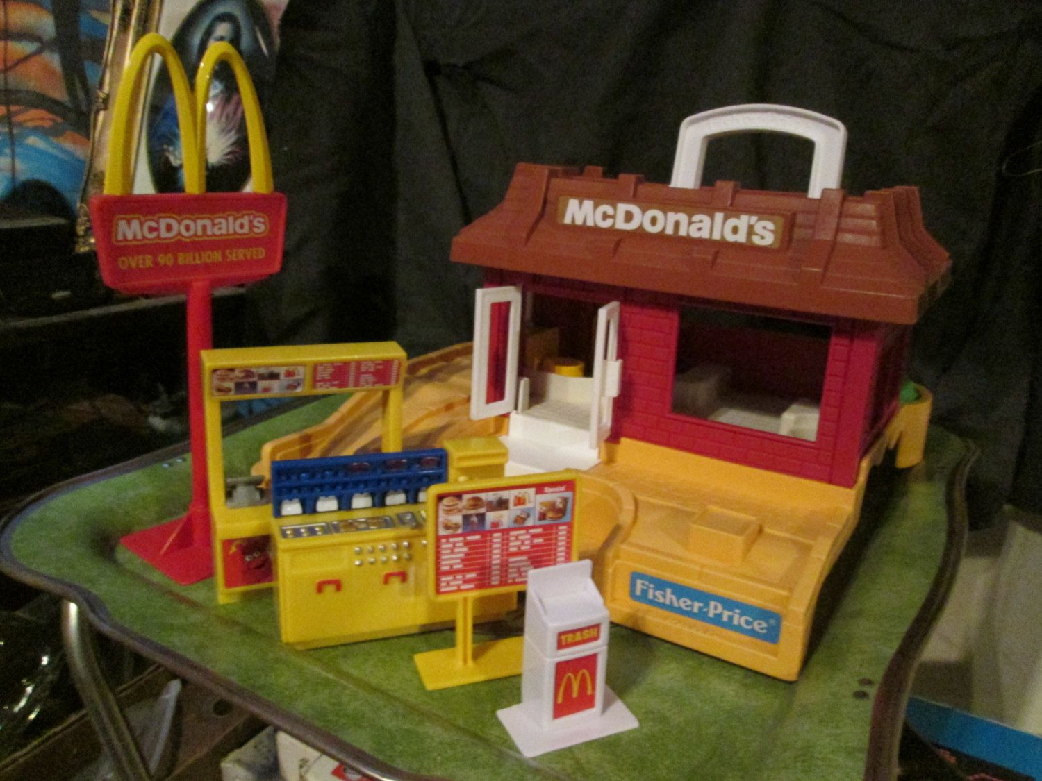 Vintage Fisher Price Little People Mcdonalds 1980s Wextras Great