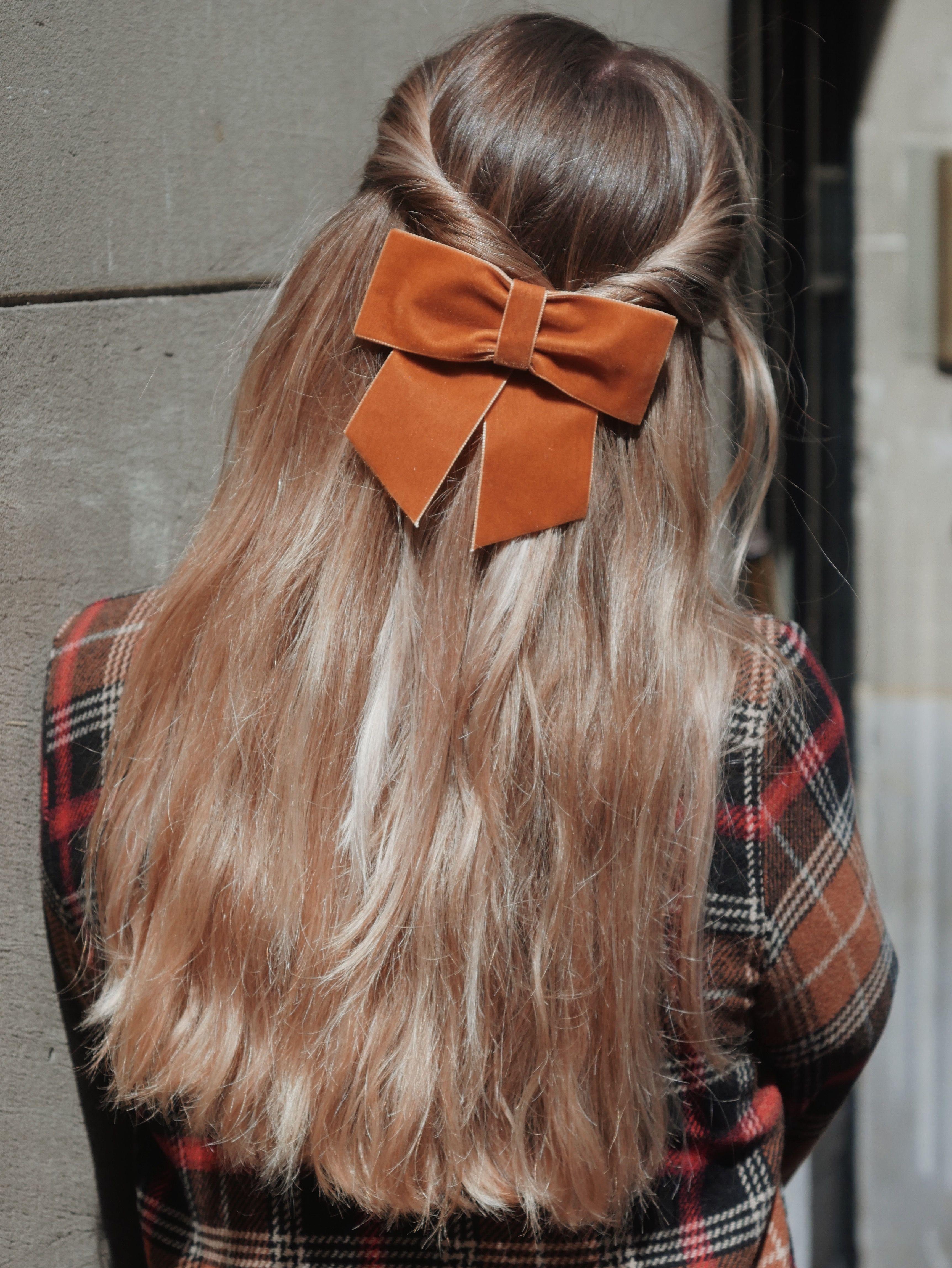 Noeuds Longueur De Cheveux Cheveux Coiffures Simples