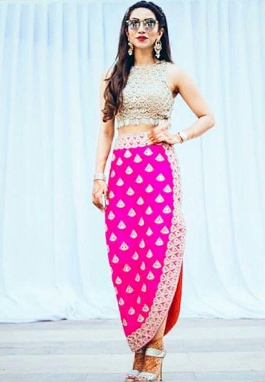 Amna deep burgundy   clothes. Indian   Pinterest   Moda india, India ...