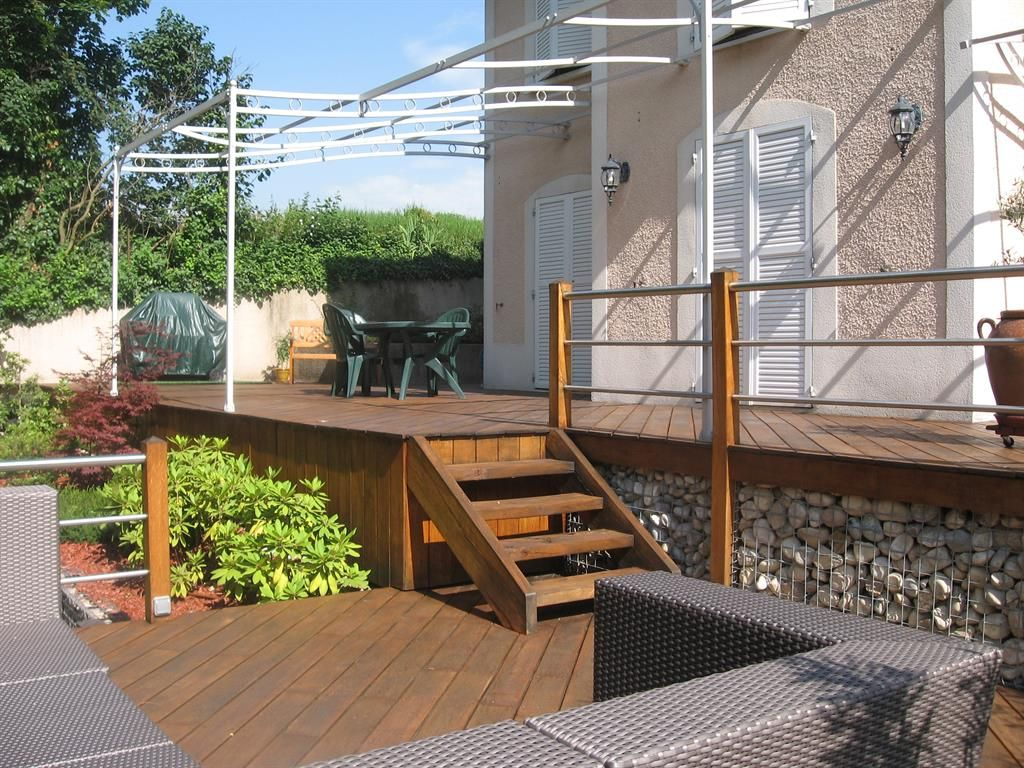 terrasse 2 niveaux et pergola acier fait ca pinterest. Black Bedroom Furniture Sets. Home Design Ideas