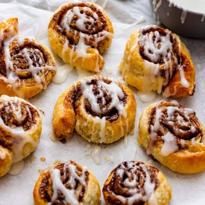 Quick Air Fryer Cinnamon Rolls #strawberrycinnamonrolls