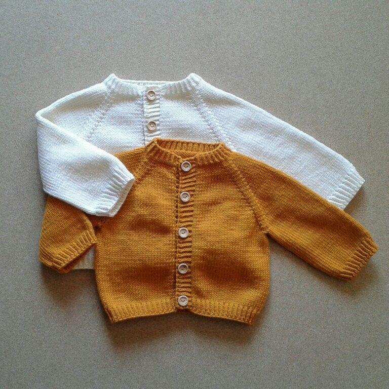 37b7d399ed91 100% Extrafine Merino Wool Hand knitted Baby Cardigan