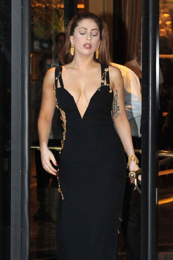 Lady Gaga Safety Pin Dress Liz Hurley Versace Hurley Dress Versace Dress Iconic Dresses